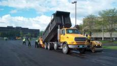 asphalt paving milwaukee wisconsin blacktop pavement tarmac parking lot