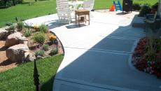 concrete patio walkway pad